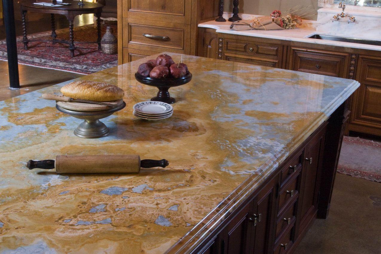 Stunning-granite-countertop-material-for-kitchen.jpg