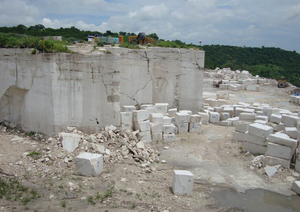 Roman travertine quarry 1