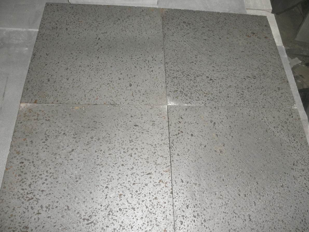 Cheap Lava Stone for Paver with Big Holes (YQW-LS1004)