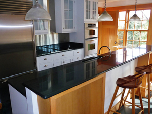 NG051-Absoutely_Black_Granite_Countertops-4